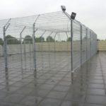 Voetbalkooi op een dak