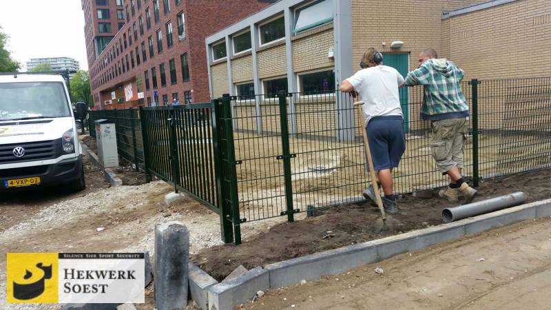 groen dubbelstaafmat-hekwerk week 38