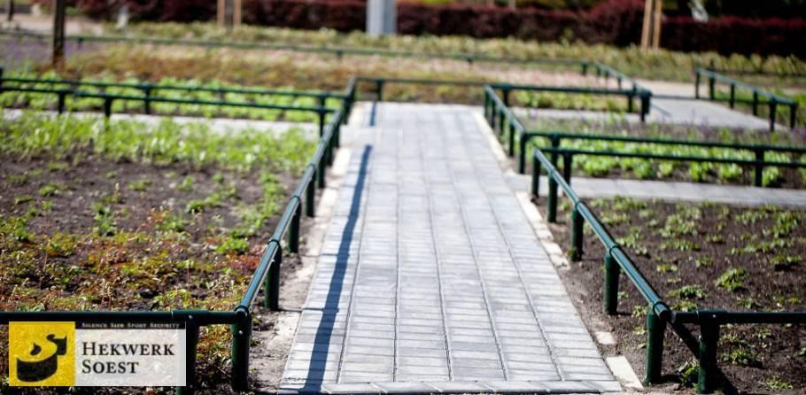 plantsoenhekwerk bovenbuis door t-kop geleid - hekwerk soest b.v.