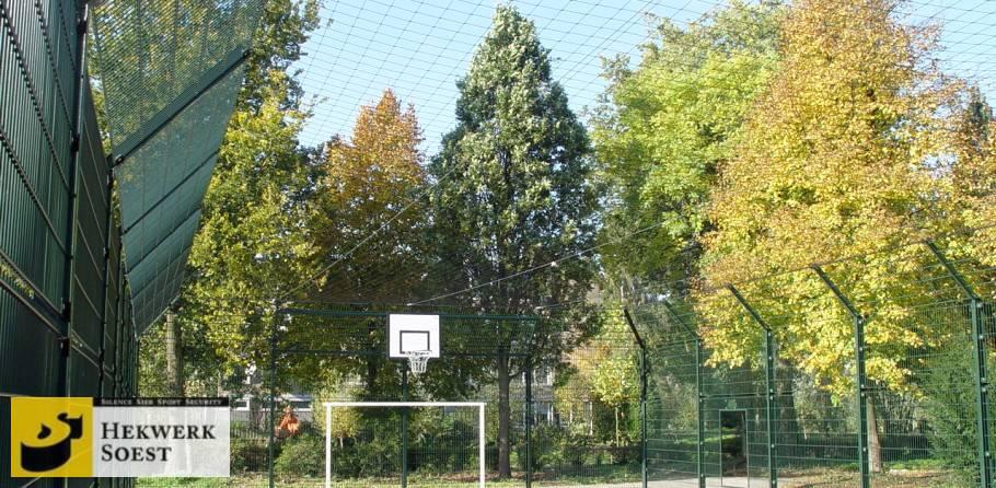 voetbalkooi met daknet - hekwerk soest b.v.