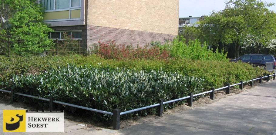 plantsoenhekwerk ter bescherming van groenstrook - hekwerk soest b.v.