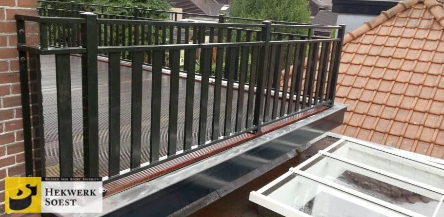 balkonhekwerk met lamellen
